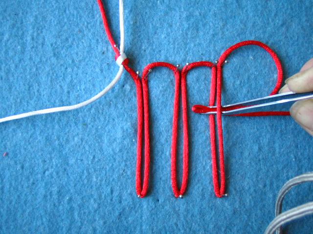 盘长结的编法图解- 三回盘长结; 原文地址:三回盘长结做法